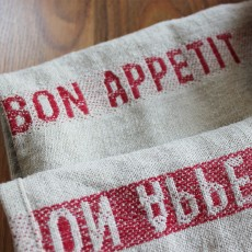 Rouge Table Linen - Bon Appetit